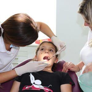 Caries infantil - Clínica Dental en Valencia Benimaclet
